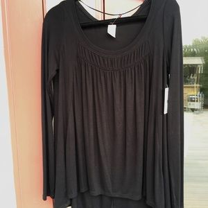 We the Free Black Top  Size M   NWT